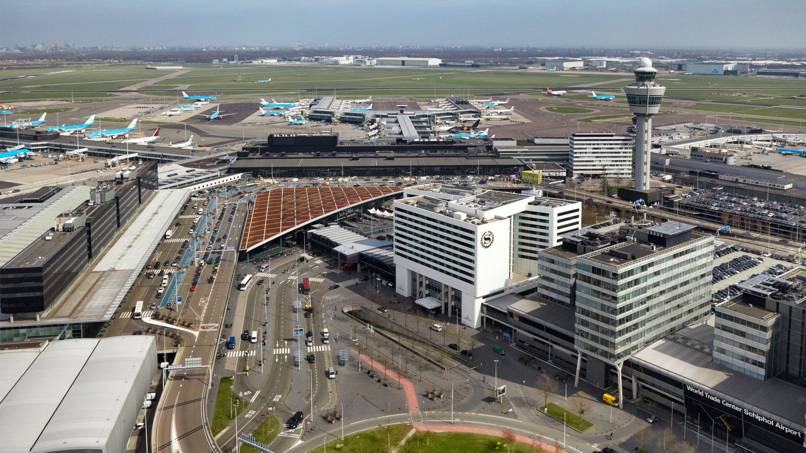 Parking facilities are provided close by the departure and arrival terminals at Schiphol Airport
