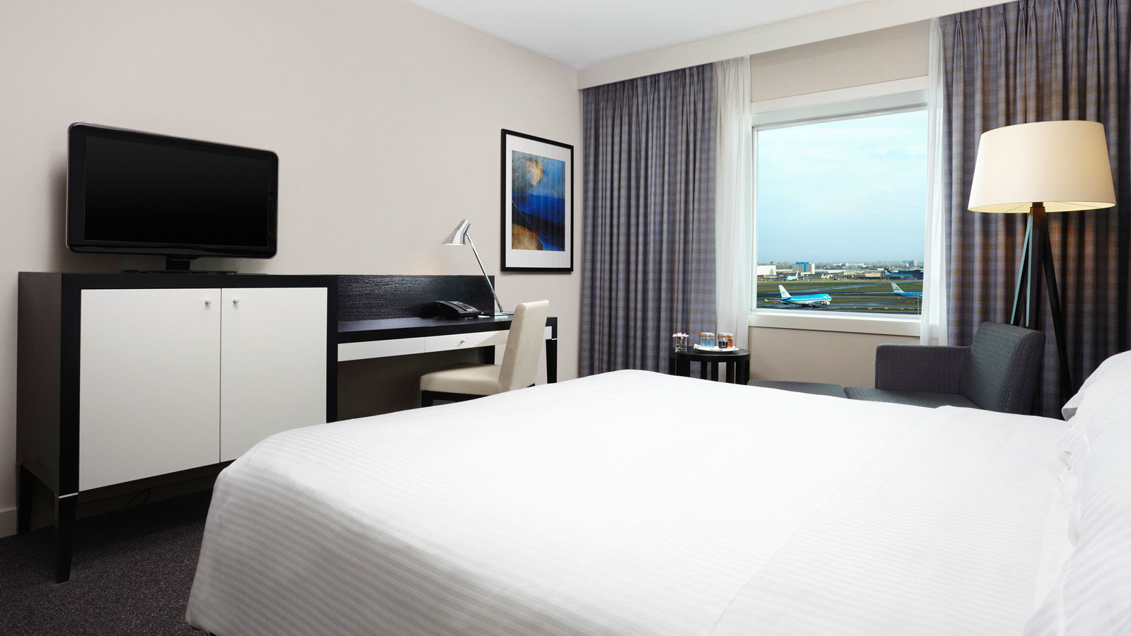 SPG Hot Escapes Sheraton Amsterdam Airport