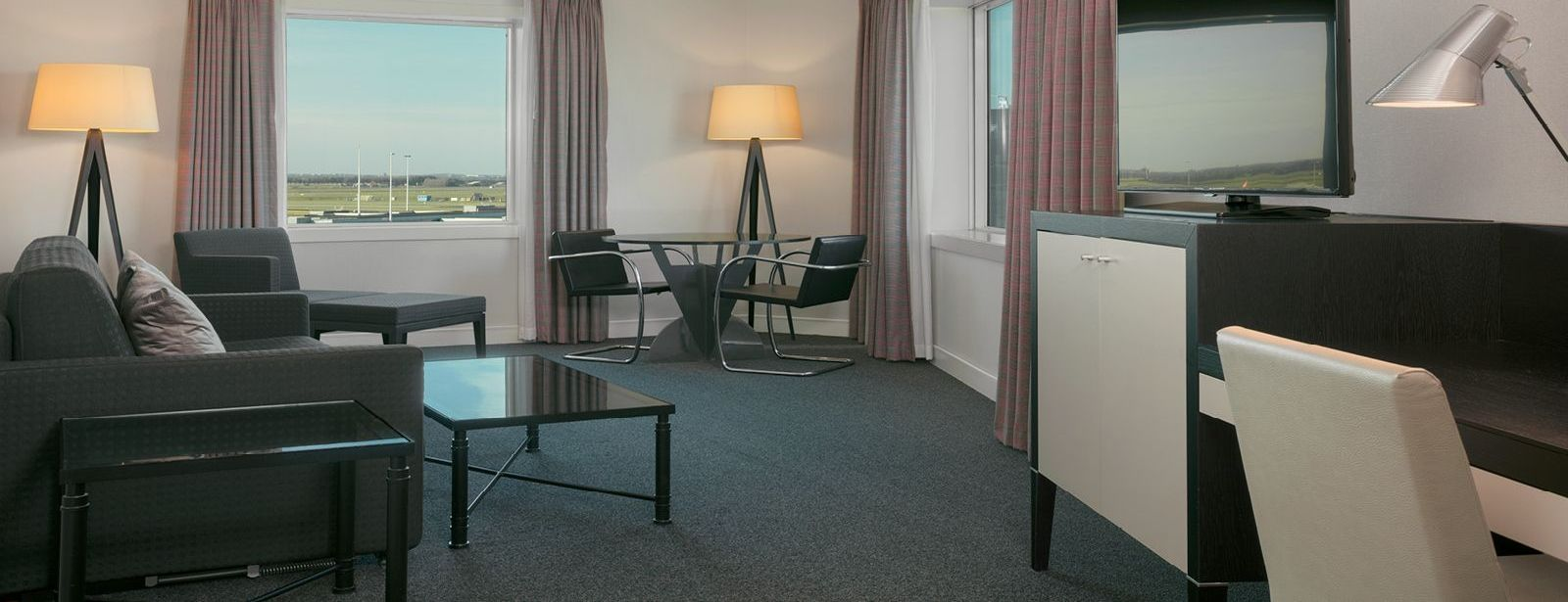 Suite including Breakfast - Sheraton Amsterdam Airport